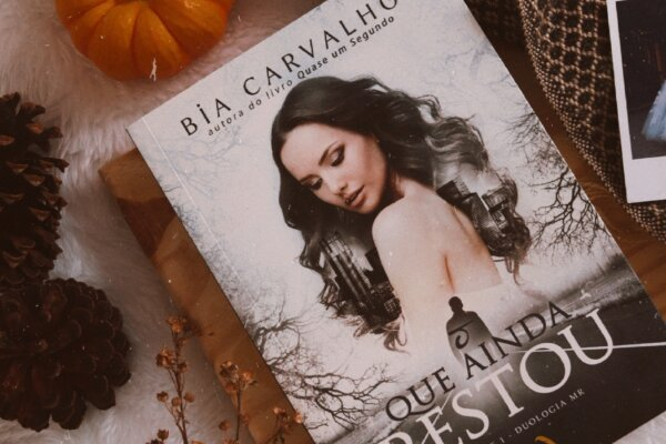 O que ainda restou – Bia Carvalho | Resenha